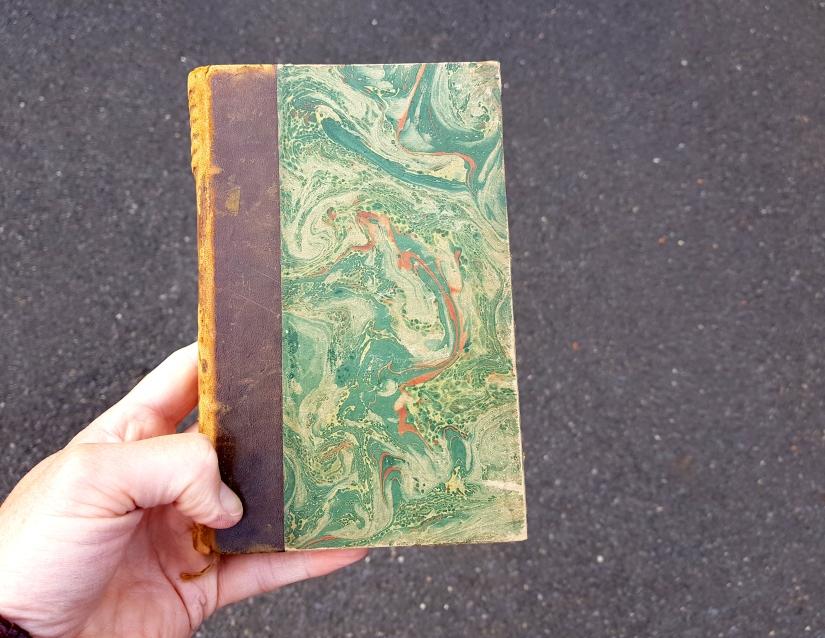souffrir, encre et pastel à l'huile sur papier, 169 pages dessinées, 2014, image 1