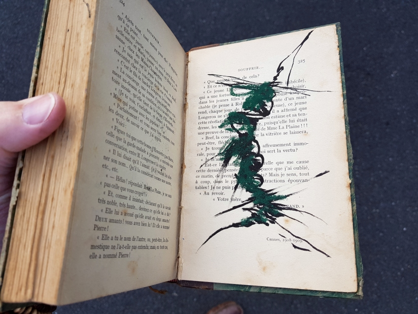 souffrir, encre et pastel à l'huile sur papier, 169 pages dessinées, 2014, image 7